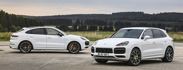 P19 0607 Cayenne Turbo S E Hybrid header 640